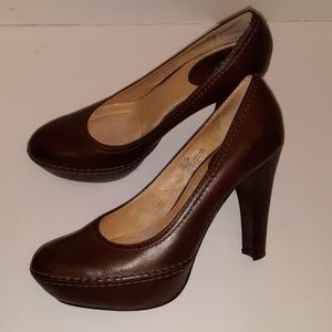 PREOWNED FRYE ANNA PUMPS